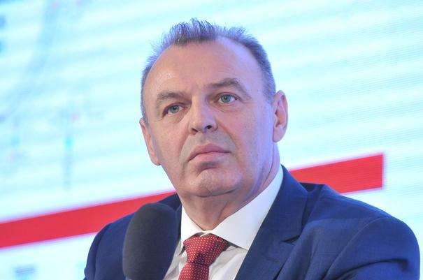 (VIDEO) Șova pune ordine în autostrăzile absente ale Moldovei