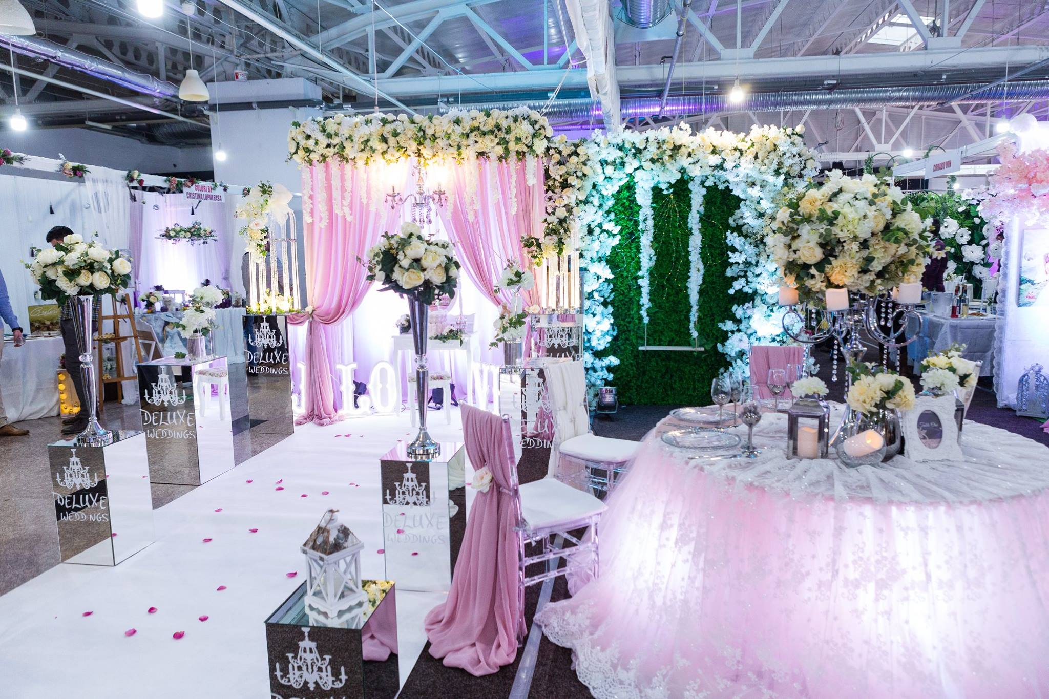 (FOTO-VIDEO) Un succes anunțat – Târgul de nunți de la Central Plaza Bacău
