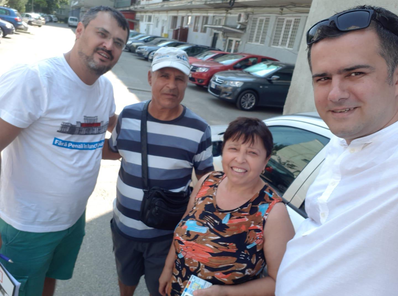 """Caravana """"Fără Penali în funcții publice"""" a ajuns în Bacău"""