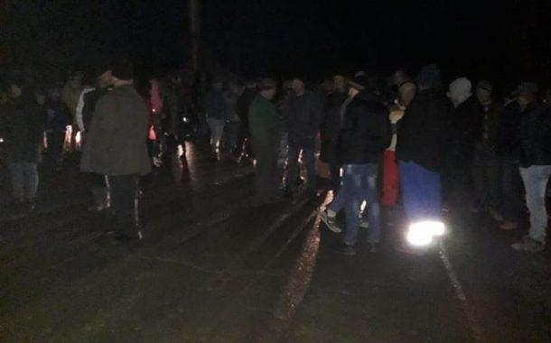 Protest pe drumul blocat Slănic Moldova - Târgu Ocna