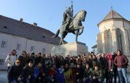 Tinerii moldoveni din Bacău au celebrat 100 de ani de la Marea Unire