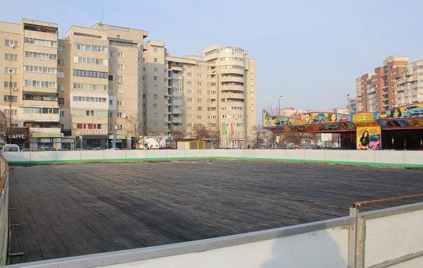 În weekend se deschide patinoarul din Parcul Catedralei