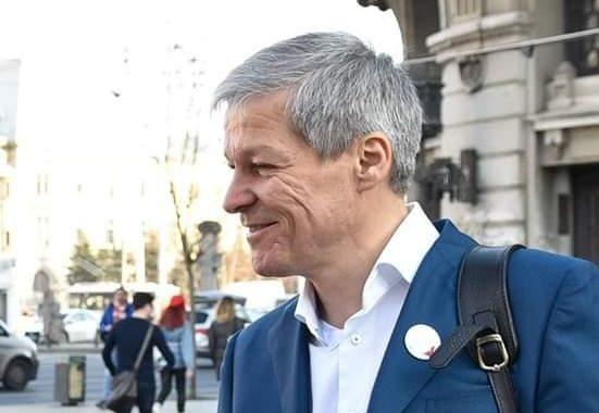 Mâine, Dacian Cioloş va strânge semnături în Bacău