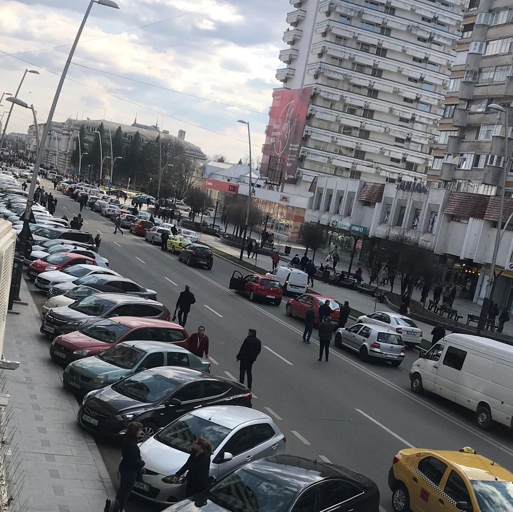 Vezi cât costă abonamente pentru parcările cu plată din Bacău. Fără taxă în weekend și după ora 18:00
